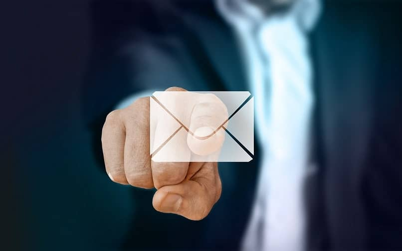 eliminar de manera permanente el correo hotmail