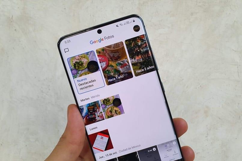 use Google Photos on your phone