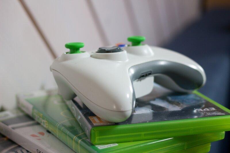 control de xbox para jugar al gta 5 e ingresar los trucos del juego