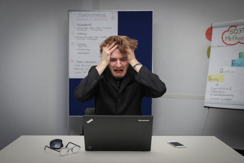 persona estresada error windows