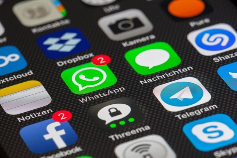 aplicaciones en iphone con whatsapp incluida